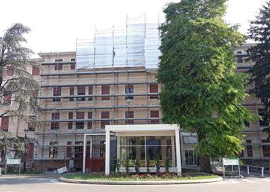 Ospedale, facciata Cattani: a fine agosto si concluderanno i lavori di recupero