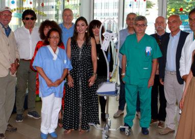 Crisi respiratorie, donata un'apparecchiatura alla pediatria d'urgenza