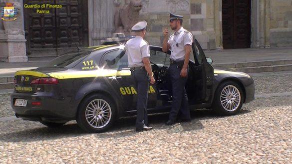 """Guardia di Finanza scopre a Fontanellato officina """"fantasma"""""""