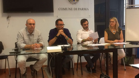 "La Lega: ""Riportiamo Pizzarotti a Parma"""