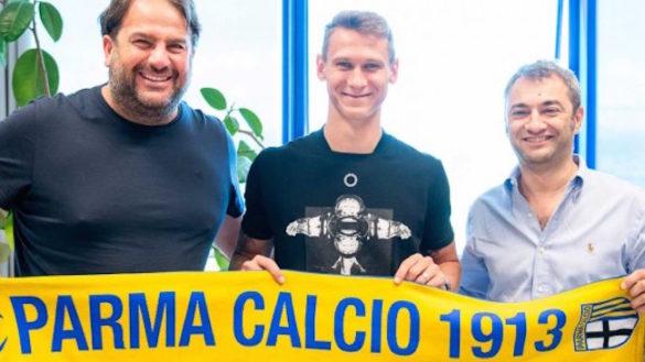 Parma, inizia la settimana del ritiro. Col mercato in fermento