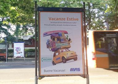 Vacanze estive: Avis invita a donare prima di partire con una campagna on air