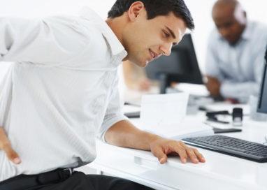 I benefici della chiropratica per gli impiegati d'ufficio