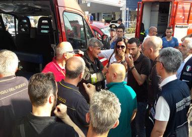 Bologna, dopo l'inferno incendio spento. Parma attiva nei soccorsi