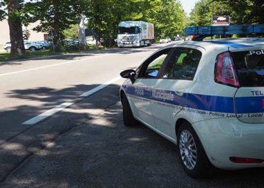 """Trasporto pomodori, autisti """"furbetti"""". Tre irregolari su tre controlli"""