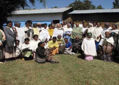 Asta di beneficenza per l'Etiopia in borgo delle Colonne
