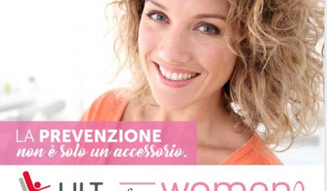Prevenzione del tumore al seno, anche attraverso Facebook
