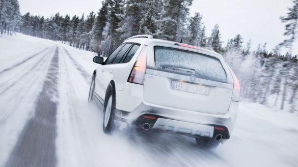 La tua auto è pronta per l'inverno? Sconti del 25 % su lampadine, tergicristalli, pastiglie e dischi dei freni