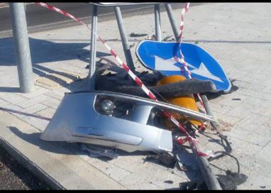 Semina distruzione con auto e scappa: preso giorni dopo