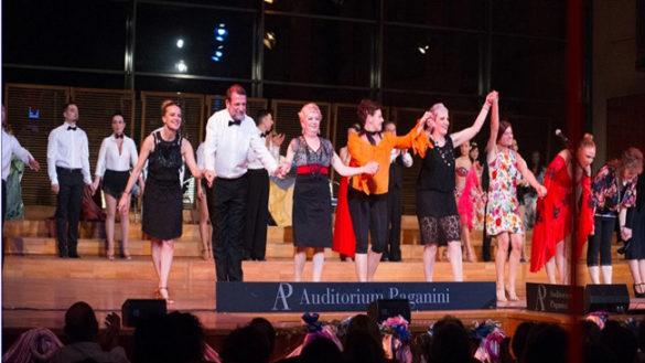 Pazienti di oncologia, medici e infermieri diventano attori all'Auditorium Paganini