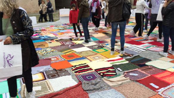Oltre 1700 le coperte vendute in piazza Duomo