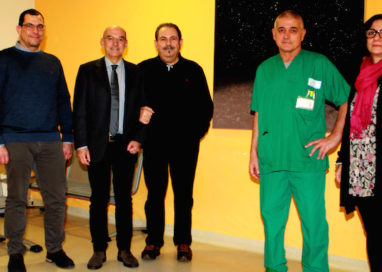 Vittorio Ferrarini dona due quadri per il Pronto Soccorso