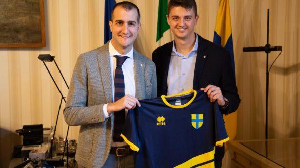Il Comune di Parma presenta la squadra per il torneo benefico di calcio a 5