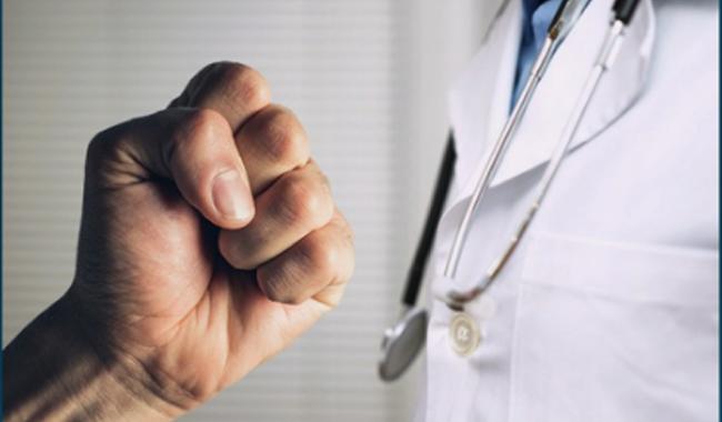 Violenza sui medici, quanti casi a Parma?