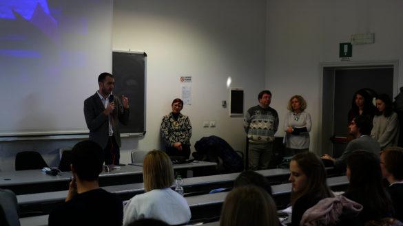 Marco Bosi accoglie gli studenti che iniziano il percorso Erasmus in città