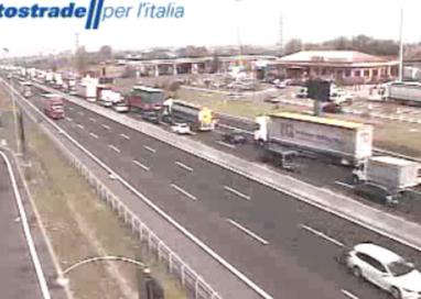 Autostrada in tilt. MecSpe blocca il tratto Parma-Terre di Canossa