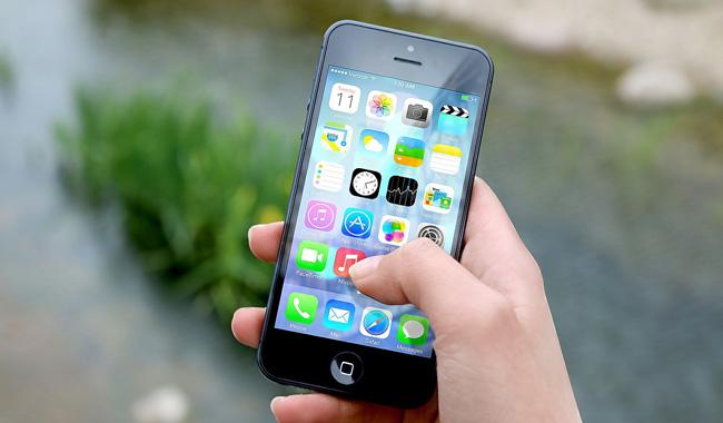 Genitori 4.0: sopravvivere all'adolescenza in tempi digitali