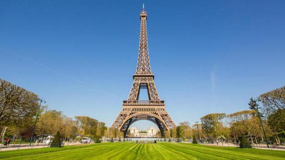 Le luminarie della Tour Eiffel? Vengono da Fidenza!