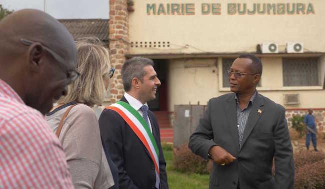 """Pizzarotti in Burundi: """"Grazie a Parmaalimenta. Ho visto un mondo che non possiamo ignorare"""""""
