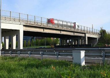 Asolana: giovedì riapre il cavalcavia sopra il casello dell'A1