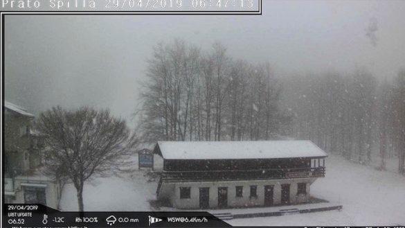 Appennino imbiancato: sveglia con la neve a Pratospilla e Lago Santo
