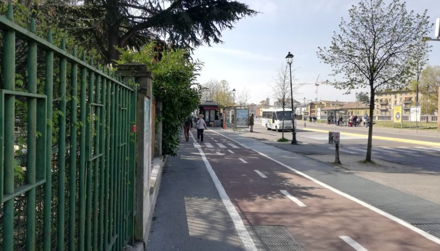 Via Langhirano: nuova area pedonale fino al il ponte Stendhal