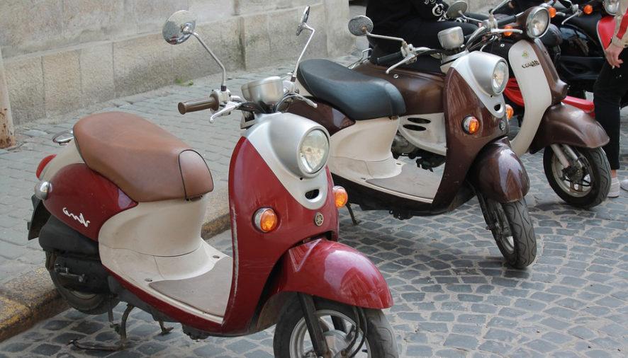 Nuovi stalli per gli scooter in centro storico