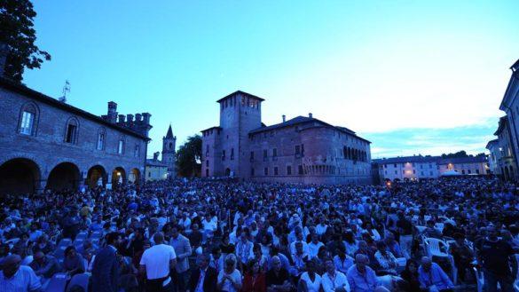 Musica in Castello, il cartellone. La raccolta fondi 2019 a Don Ciotti