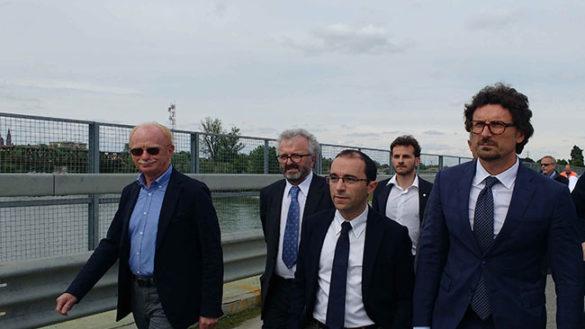 Rossi chiede a Toninelli un impegno per il nuovo Ponte sul Po