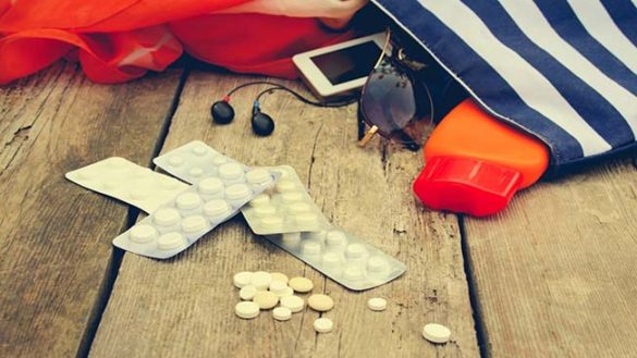 Quali farmaci metto in valigia? I consigli per grandi e piccini