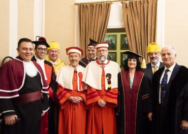 Odontoiatria, esperti da tutto il mondo a Parma per studiare i vantaggi del Laser