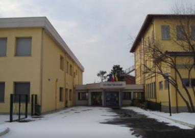 Vicofertile, i ladri entrano a scuola. Rubati tablet e computer