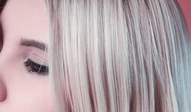 Pazienti oncologiche, dalla Regione 400 euro di contributo per l'acquisto di una parrucca