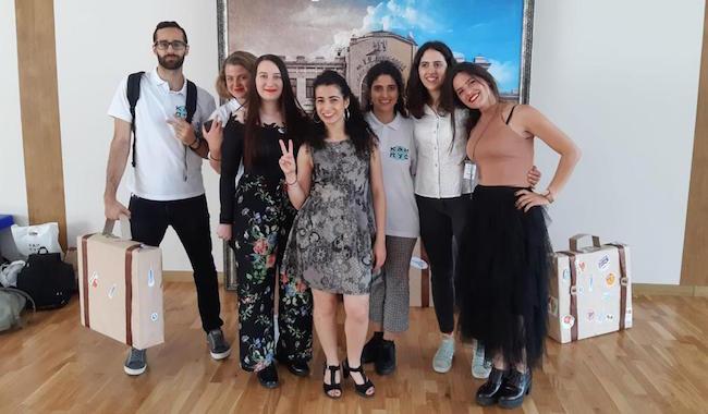 modelli alla moda vendita più calda moda più desiderabile Da Parma alla Russia, per cinque ragazzi dell'Università una ...
