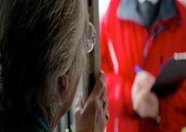 Anziana truffata da due sedicenti operai