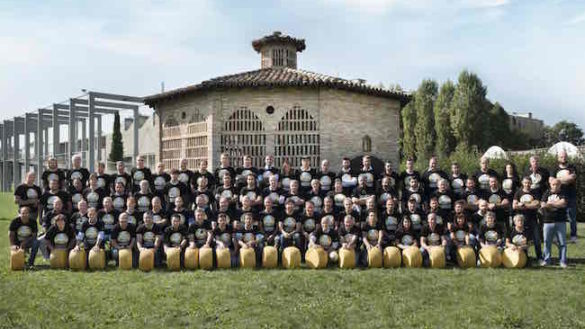 World Cheese Awards: la Nazionale del Parmigiano Reggiano in gara con 86 caseifici