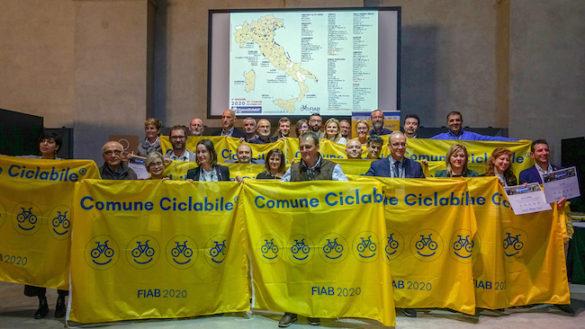 A Parma la bandiera gialla della ciclabilità: è Comune bike-friendly!