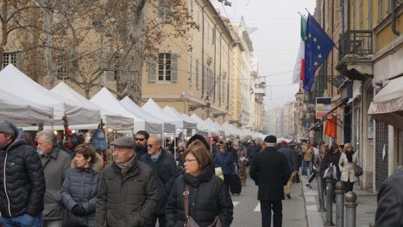L'8 dicembre si festeggia Santa Lucia in via Garibaldi!