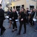 In centinaia a cantare Bella ciao! per ricordare la Resistenza delle donne parmensi